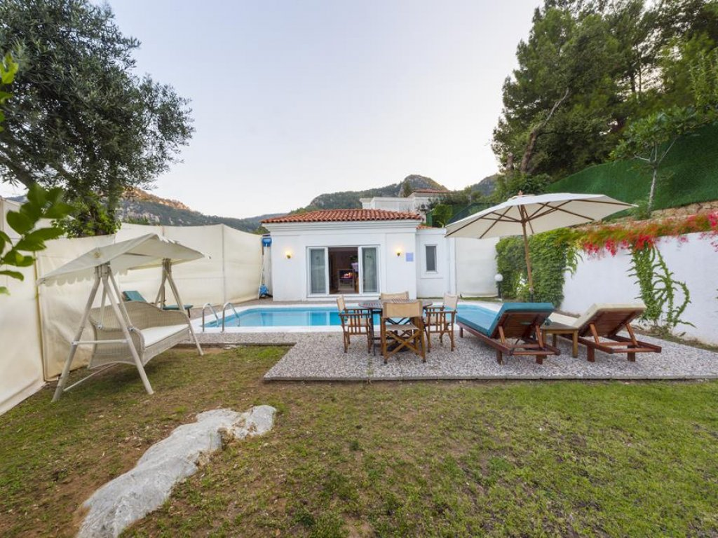 Marmaris 2 + 1 Single Storey Villa with Private Pool Piynar