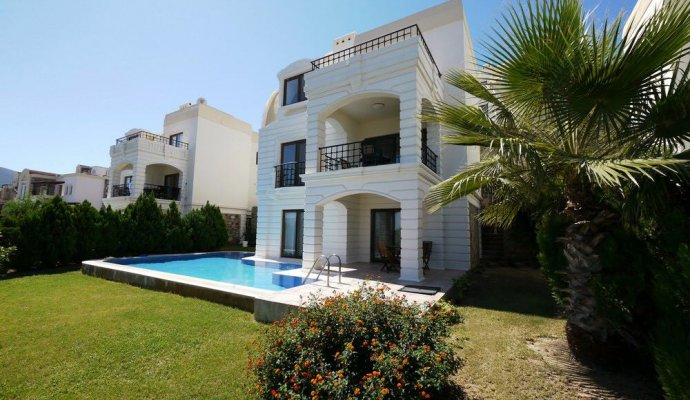 Bodrum Villa with Private Pool in Yalikavak Elegant