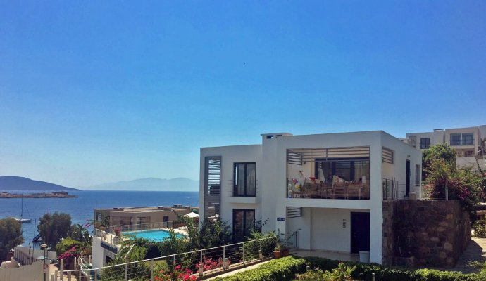 Дом для отпуска Bodrum Beachfront Holiday Home