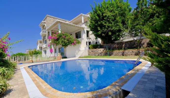 DETACHED Villa with Private Pool and Amazing View