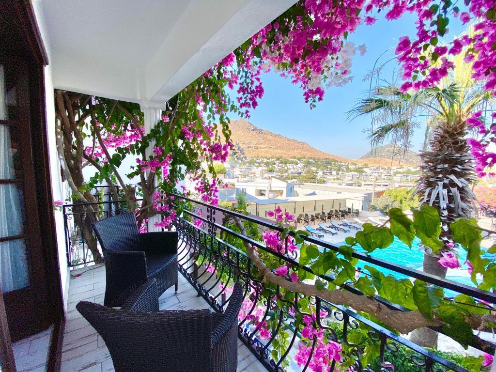 Sea view apartment in Bodrum Akyarlar