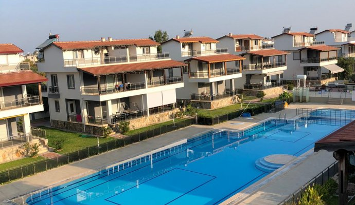 7-Person Triplex Villa for Rent with Olympic Pool in Güzelçamlı, Kuşadası