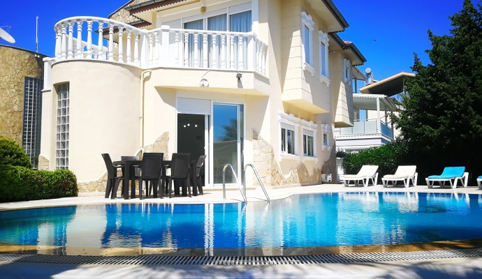 Holiday Villa With Private Pool For Rent In Antalya Belek