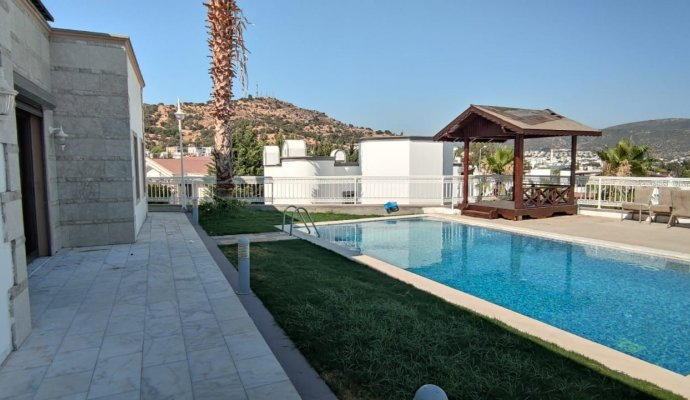4+1 Villa with Private Pool in Bodrum Center