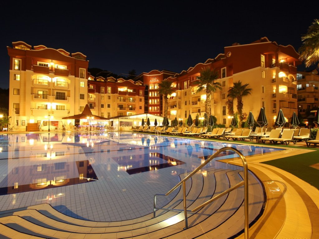 Club Marmaris Aid Luxury Apartments 500 Meters Away From the Sea