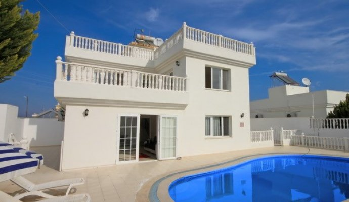 Villa Alen 4 Bedroomed Luxury Villa With Private Pool in Didim